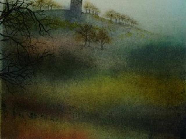 Warbleton Priory 37/56cm